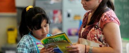 Elementary school teachers sometimes follow a class of students from year to year. New research suggests that's a good idea.